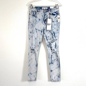 NWT Almost Famous Distressed Skinny Jeans Sz 9